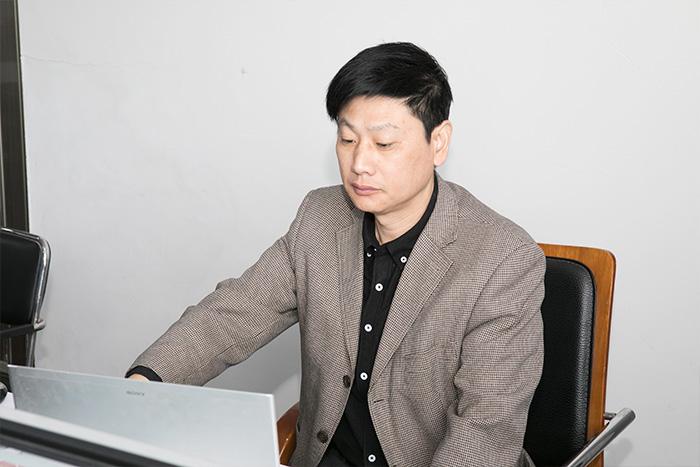 Ingeniero Sr. Zhang